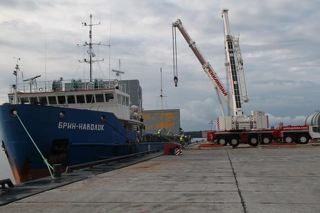 LTM 1400-7.1 and LTM 1250-6.1 in Portovaya, Vyborg