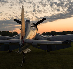 NX209TW Corsair, Oshkosh (wwshack) Tags: airventure2016 corsair eaa eaaairventure f4u kosh osh oshkosh sunset usnavy usa unitedstates vought whittmanregional wisconsin n209tw nx209tw
