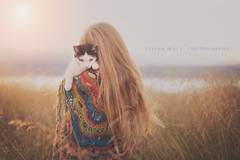 (SteinaMatt) Tags: búðardalur dagbjörtmaría dalir sumar steina matt steinamatt photography steinunn matthíasdóttir ljósmyndun portrait animal kid girl child summer evening sun cat dalabyggð romantic red hair crochet