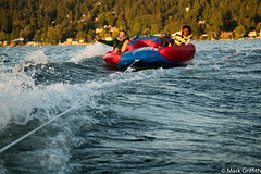 Riding the Waves (Mark Griffith) Tags: 20160913dsc09936 lakesammamish sammamish sony70300mmf4556 sonya7rii washington