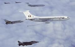 VC-10 XV103 A+A 1100 N124 P 1920 (Chris Lofting) Tags: vickers vc10 xv103 raf