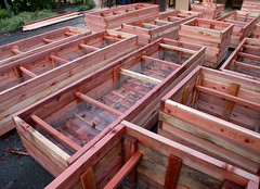 "Interlocked Corners Planter Box -- Lots of Them! • <a style=""font-size:0.8em;"" href=""https://www.flickr.com/photos/87478652@N08/8263788399/"" target=""_blank"">View on Flickr</a>"