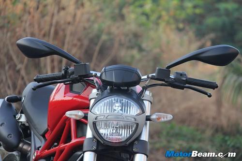 Ducati-Monster-795-36