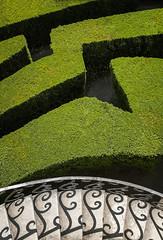 ombre sulle scale (invitojazz) Tags: italy scale stairs nikon italia shadows ombre labyrinth veneto labirinto d90 invitojazz vitopaladini villepisani