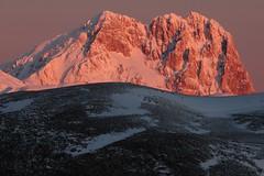 Corno Grande (del drago) Tags: winter wild italy mountain sunrise nationalpark italia alba berge inverno montagna montanha abruzzo appennino appennini gransasso parconazionale calascio cornogrande selvaggio montidellalaga