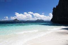 Entalula Beach Club (Pugtastic!!) Tags: beach club island islands fishing kayak tour snorkel snake philippines el resort huts snorkeling hut tropical limestone local vigan curve northern resorts nido aaa elnido nipa iti palawan entalula