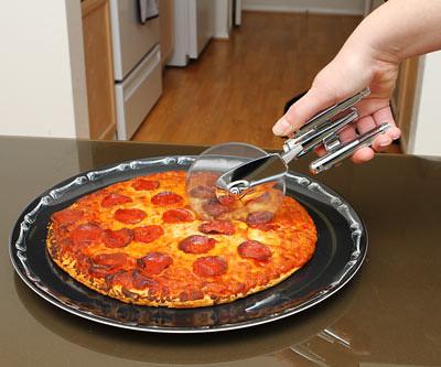 大材小用這樣也行?星艦企業號披薩切割器