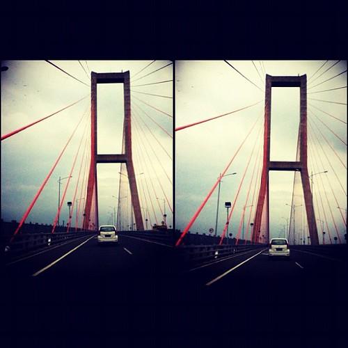 #bridge #suramadu #two #orange #road #cool #old #surabaya #madura #indonesia #instaindonesia #miss