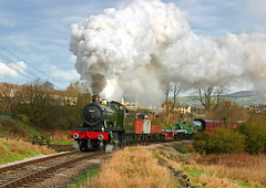 GWR Morning Goods. (neilh156) Tags: hall railway steam gwr greatwestern goodstrain keighleyworthvalleyrailway 4953 damems pitchfordhall brackenbank