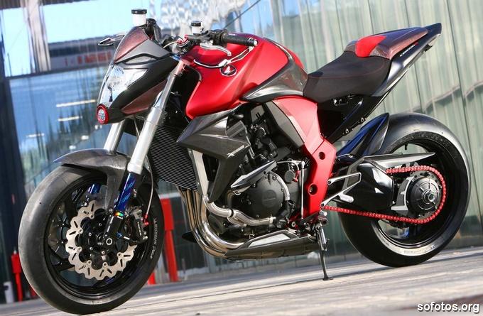 Honda CB 1000R Vermelha 2011