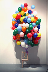 Untitled _ Wood, Balloon, Mixed media _ Installation, Video _ Dimensions variable
