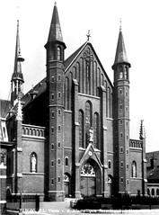 Tilburg rk kerk Hasselt (Arthur-A) Tags: church netherlands catholic maria mary nederland kirche rosary tilburg kerk brabant eglise noordbrabant katholiek rozenkrans