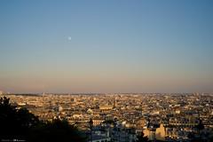 DSC05732 (Distagon12) Tags: paris montmartre tourisme sonya7r summilux50asph leicasummilux50 daylight portrait city street photo