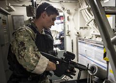 160913-N-LR795-124 (U.S. Pacific Fleet) Tags: usnavy usssomerset exercise marines sailors certex vbss pacificocean california unitedstates