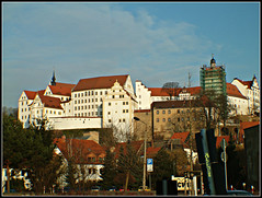 Schloss Colditz Colditz Castle (Coolcats100) Tags: travel castle germany deutschland town europa europe fuji wwii prison german finepix ww2 fujifilm schloss worldwar2 fujifinepix deutsche prisoners pfb colditz finepixs9500 pfbmag pfbmagazine coolcats100