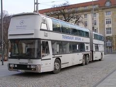 P3076447 Treberhilfe Dresden, Dresden DD-TH80H (Skillsbus) Tags: history buses germany dresden coaches neoplan treberhilfe