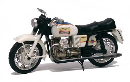 Mercury Guzzi V7 special-002
