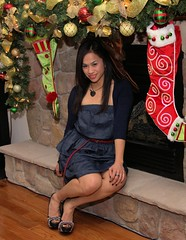 Christmas '12073 (Ramon Marcelino) Tags: friends party portrait holiday pose asian fun december flash christmasparty tamron 2012 zoomlens strobist tamron1750mm28 60d filipinabeauties philippineroots