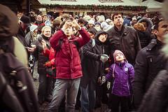 Crazy photo-tourist in Prague (RMFearless) Tags: christmas square torre prague praha praga vclavsknmst piazza oldtown cittavecchia vaclavskenamesti impossibilefotografare