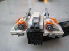 75009: Snowspeeder & Hoth 07 (xwingyoda) Tags: starwars legostarwars brickhorizoncom