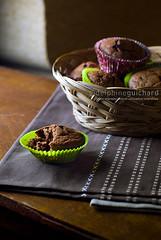 Muffins chocolat/pralin #01 (Delphine Guichard/diguimi) Tags: stilllife food coffee caf cake studio recipe dessert cuisine chocolate walnut biscuit foodporn homemade muffin chocolat gteaux noix faitmaison pentaxart