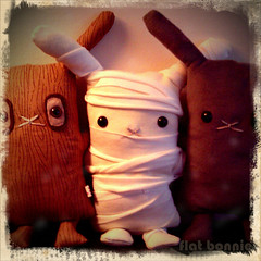 The 3 Misfits - Retro (Flat Bonnie & Friends) Tags: rescue pet anime tree cute rabbit bunny bunnies art love halloween dutch animal japan easter toy toys japanese costume stuffed mod hare doll soft hand flat graphic designer handmade zombie crafts tail culture craft felt pop retro plush made plushies cotton gift lucky harajuku kawaii indie plushie animation bonnie rabbits collectible etsy lover mummy custom shelter fleece adopt bun lapin usagi adoption designers jpop lop crafted lagomorph bunneh flattie flatbonnie