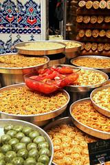 Turkish sweets shop in Istanbul, Turkey イスタンブール、トルコのお菓子屋さん (travelingmipo) Tags: travel turkey photo istanbul sweets 旅行 写真 トルコ イスタンブール イスタンブル