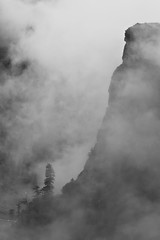 misty mountain (sami kuosmanen) Tags: india white mist mountain black nature clouds pass himalaya manali himachal pradesh rohtang intia