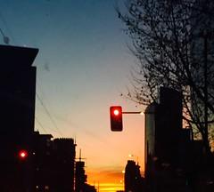Sunset and red light (franba@rocketmail.com) Tags: ciudad puestadesol semforo city redlight sunset