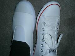 Restoring dirty second hand white slim Converse (eurimcoplimsoll) Tags: converse white slim sneakers plimsolls trainers plimsoles pumps clean dirty restore