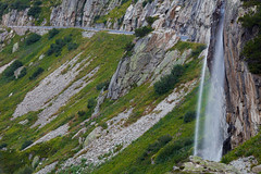 Susten Passstrasse (Role Bigler) Tags: alpen alps berge berneroberland canoneos5dsr felsen rocks schweiz strasse suisse sustenpass sustenpassstrasse switzerland wasserfall alpineroad ef7020040lisusm mountains passstrasse road susten swissalps waterfall