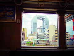 (takashi ogino) Tags: pentax q7 digital justpentax color 01standardprime train window osaka cityscape scenery architecture building