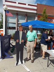 "Selfie with ""The Donald"" (raycarlos1) Tags: donaldtrump trump president campaign monticellobration monticello illinois sullivsnparkhill champaign republican gop thedonald 2016 election pence mikepence"