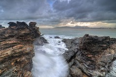 Monsoon Series : Kuala Dungun Part 1 (Arief Rasa) Tags: sunset sea beach rock stone waves monsoon malaysia hitech hdr terengganu ombak d90 dungun tonemapped kualadungun ostolia ariefrasa