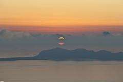 Adove the Sun (Kevin Camacho Polo) Tags: sunset sea sun island mar italia tramonto mare sicily puestadesol isla sicilia favignana overthesun abovethesun msaltoqueelsol