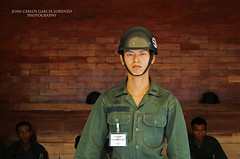 Bangkok. Young soldier (Juan C. Garca Lorenzo) Tags: travel man male thailand nikon asia bangkok youngsoldier