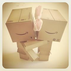 Kiss (UnaMammaSnob) Tags: love toy kiss danbo danboard