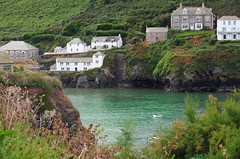 Port Isaac (Mark Wordy) Tags: sea bay coast cornwall harbour portisaac cottages docmartin