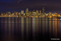 Seattle waterfront (Andrew E. Larsen) Tags: reflection papalars andrewlarsenphotography
