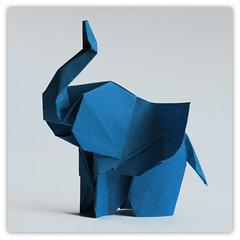 Elephant (steffi's) Tags: elephant paper origami craft diagram folded papel elefant handicrafts papier carta papercraft 折紙 おりがみ 折り紙 falten stephanweber かみ 纸的