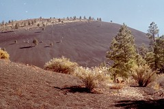 volcanic hill (h willome) Tags: 2005 arizona sunsetcrater sunsetcraternationalmonument