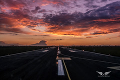 Sunset take-off (gc232) Tags: live from flight deck golfcharlie232 golden hour runway rwy takeoff taking off landing sunset sunrise cloud cloudy sky beautiful twilight dawn dusk airline pilot travel airliner jet avgeek aviation fly flying