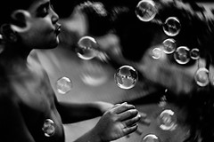 Rosenberg-Ana_365-57 (Ana~Rosenberg) Tags: explore bubblemachine bubbles petzval58mmlomography petzval58artlens petzval58mm petzval petzvallens artlens lomo lomographyartlens lomography xt1 fujifilmxt1 fujifilm fujifilmxseries 100daysofsummer anarosenbeg anarosenberg