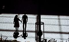 sapporo 405 (kaifudo) Tags: sapporo hokkaido japan sapporofactory shadow     nikon d750 nikkor afs 70200mmf28gedvrii 70200mm  couples lovers city