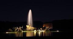 Versailles 9 (gsamie) Tags: guillaumesamie gsamie canon 600d t3i versailles france yvelines night fireworks grandeseauxnocturnes feuxdartifice fire grandcanal jardins chateaudeversailles castle light fountain longexposure water