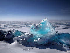 Dancing ice. (Simon Matzinger) Tags: ice sibiria russia lake baikal cold snow winter freezing frozen
