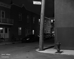 Place Larivire 6 (Denis Hbert) Tags: denishbert anthropogeo faubourgmlasse centresud montreal montral qubec quebec canada monochrome montrealnight montrealcentresudnight montrealfaubourgmlassenight ngc newtopographer newtopographics newtopographic noiretblanc nuitcentresud nuitfaubourgmlasse nuitmontreal nuit night bw blackandwhite blackwhite black ville city extrieur november novembre automne fall shadowy shadows shadow 2015 darkandlight dark sombre ombrage ombre urban urbaine urbain rue tranquilit trottoir calme street sidewalk quiet