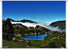Nubes bajas en Lagos de Juclar de Andorra (# RAMN #) Tags: lago nubes montaa andorra nubesbajas martesdenubes rememberthatmomentlevel1 rememberthatmomentlevel2 lagosdejuclardeandorra