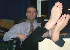 HFSNL015 (fluppes_be) Tags: shoes hairylegs hotguy sexyman hairychest blacksocks hotman bareleg nudeleg socksmale hotmalelegs nudelegman sexybareleg