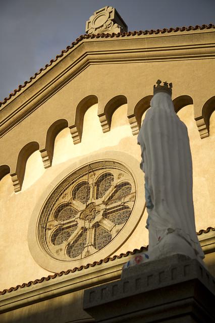 Virgen y Rosetón